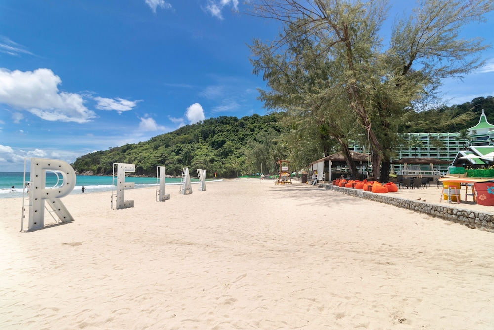 Property Amenity, Le Meridien Phuket Beach Resort