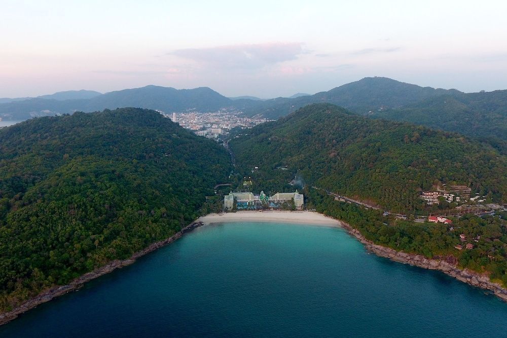 Aerial View, Le Meridien Phuket Beach Resort