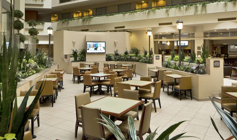 Restaurant, Embassy Suites Secaucus - Meadowlands