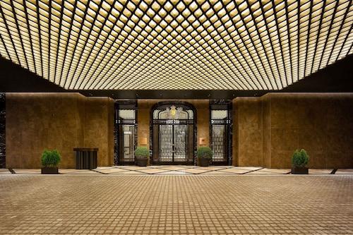 首爾貝里精華飯店(原首爾萬麗酒店)