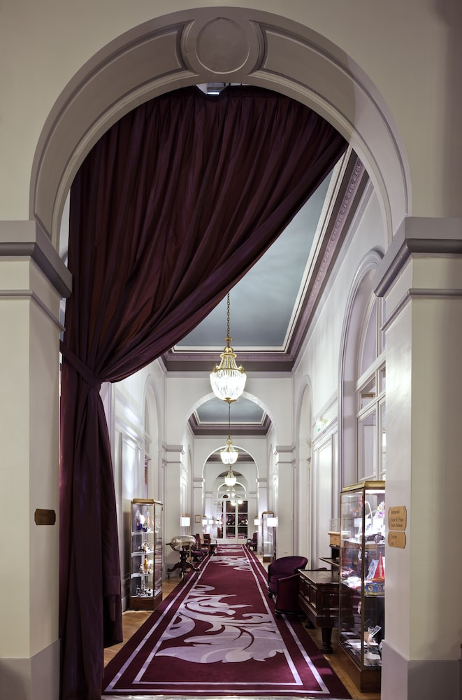 le grand hotel cabourg mgallery by sofitel reviews photos rates. Black Bedroom Furniture Sets. Home Design Ideas