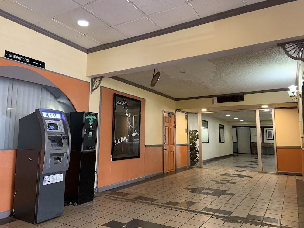 ATM/Banking On site, Real Value Inn