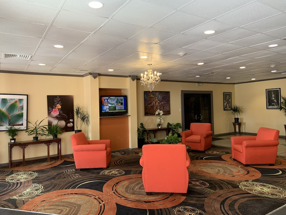 Lobby Sitting Area, Real Value Inn