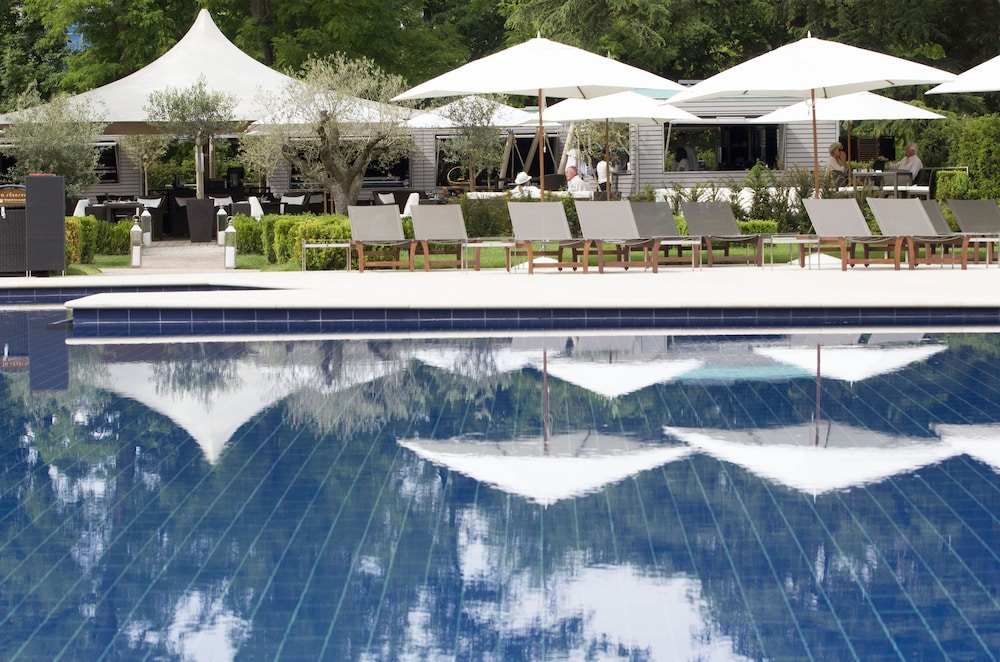 Outdoor Pool, La Reserve Geneve Hotel and Spa