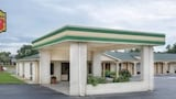 Super 8 Sumter - Sumter Hotels