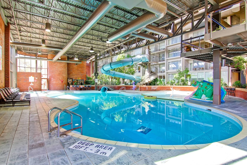 Sports Facility, Delta Hotels by Marriott Toronto East