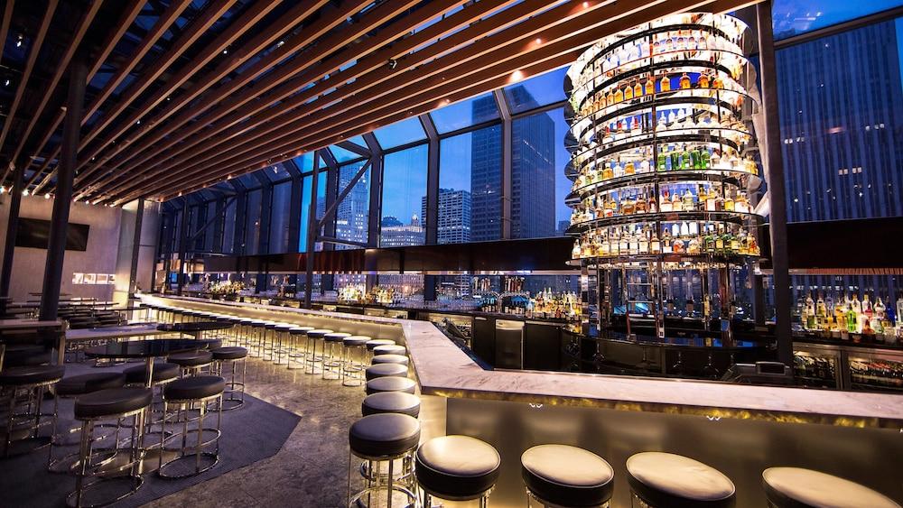 Hyatt Regency Chicago in Chicago | Hotel Rates & Reviews ...