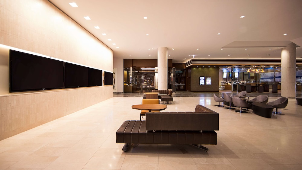 Lobby, Hyatt Regency Chicago
