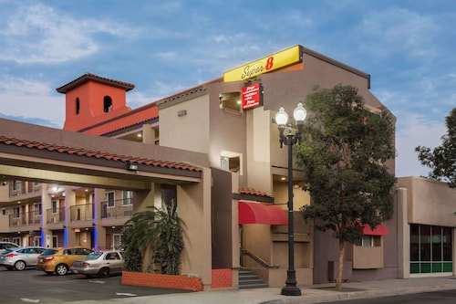 Super 8 by Wyndham El Cajon CA
