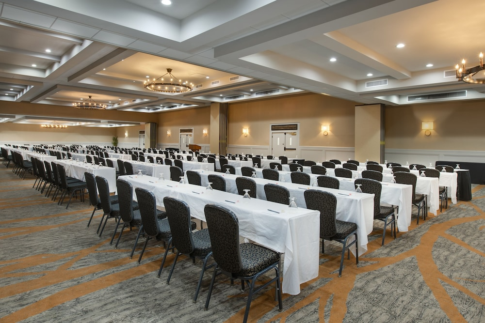 Ballroom, Crowne Plaza Resort Asheville