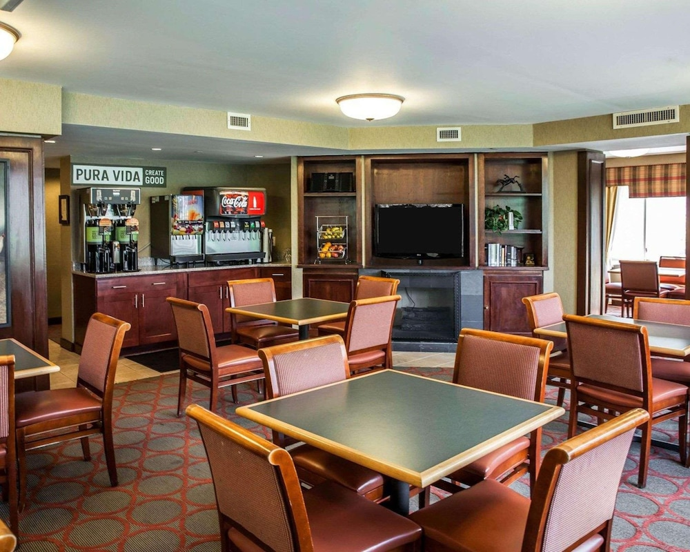 Restaurant, The Virginian Suites, Ascend Hotel Collection