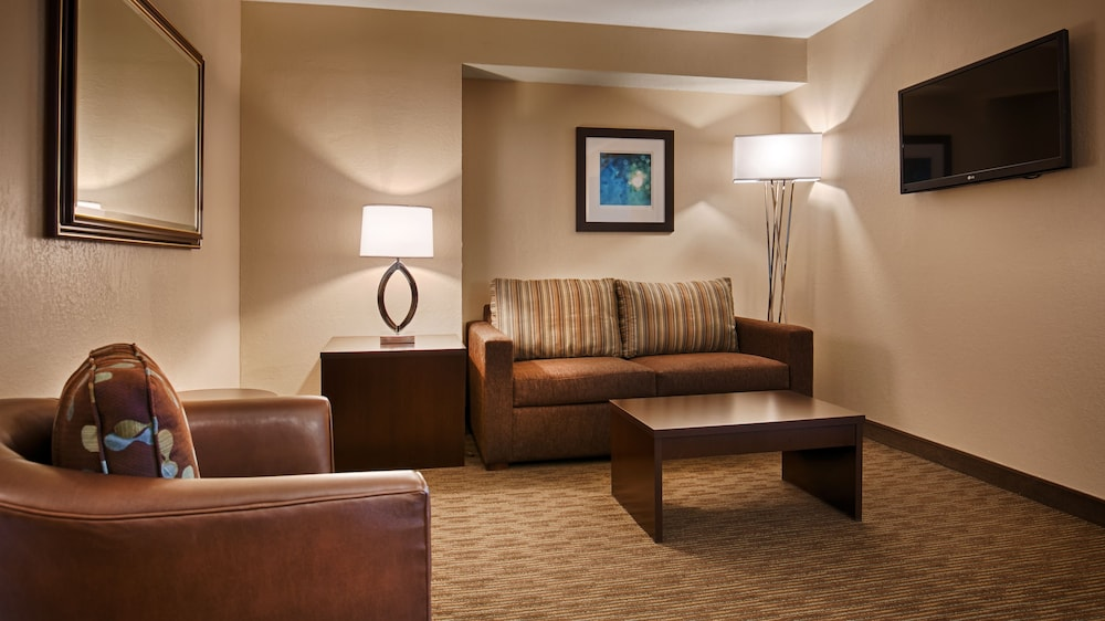Living Area, Best Western Plus Tallahassee North Hotel