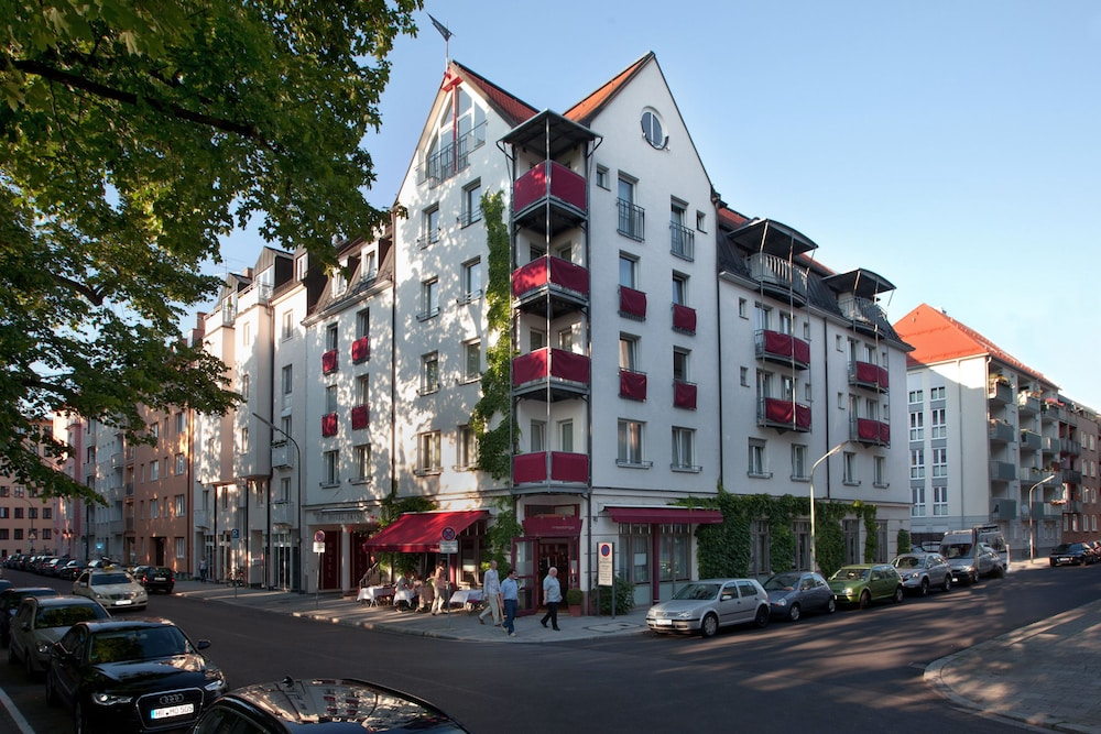 Featured Image, Hotel Prinz
