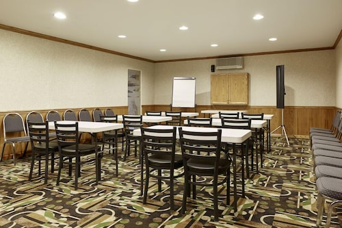 Meeting Facility, Ramada by Wyndham Abbotsford