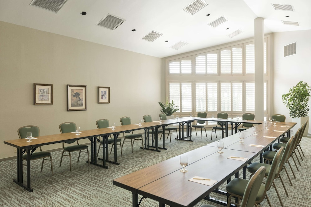 Meeting Facility, Doubletree by Hilton Campbell - Pruneyard Plaza