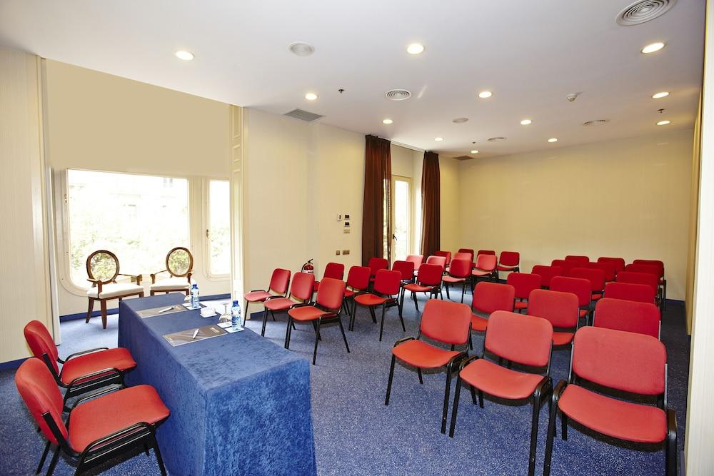 Hcc Meeting Rooms