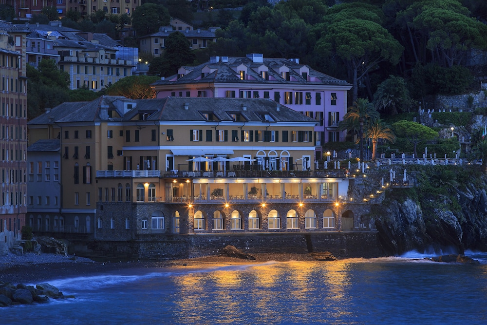 Front of Property - Evening/Night, Hotel Cenobio Dei Dogi