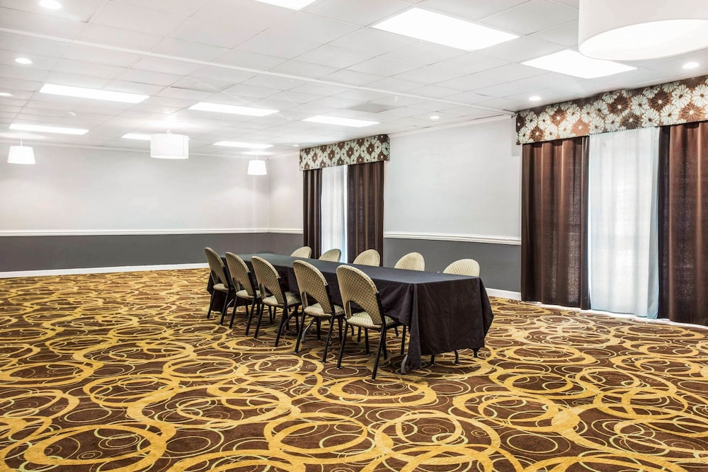 Meeting Facility, Quality Inn & Suites University Area