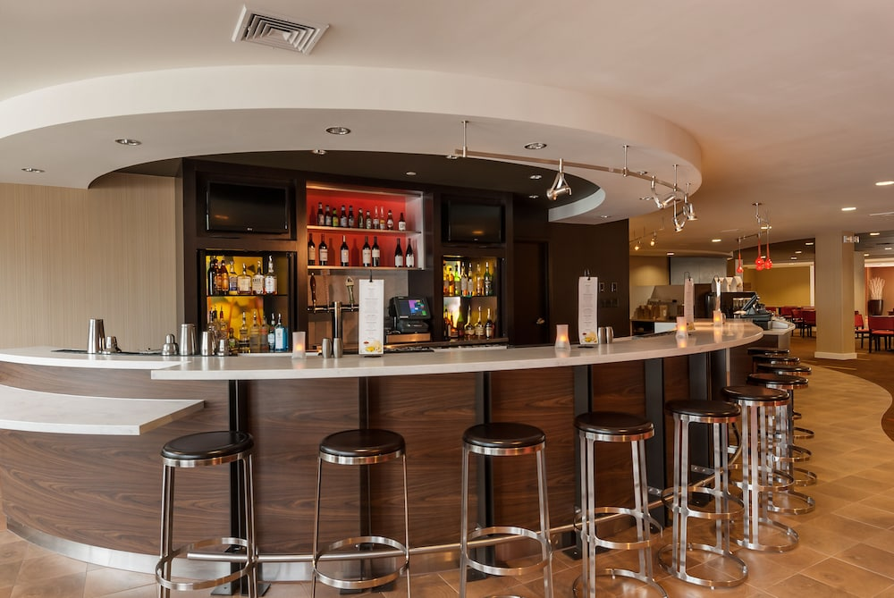 Bar, Courtyard by Marriott Boston Marlborough
