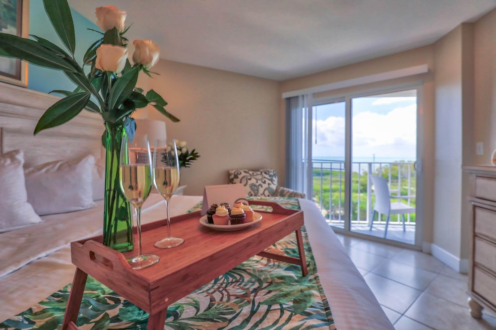 Beach/Ocean View, Ocean Pointe Suites at Key Largo