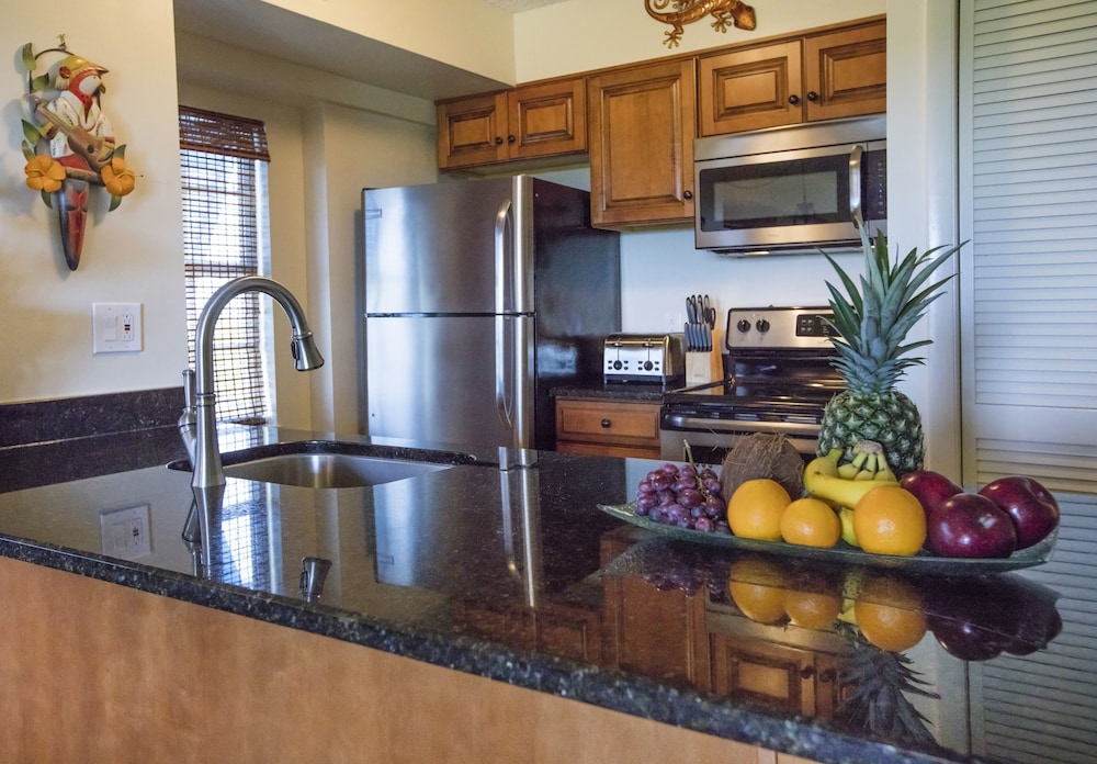 Private Kitchen, Ocean Pointe Suites at Key Largo