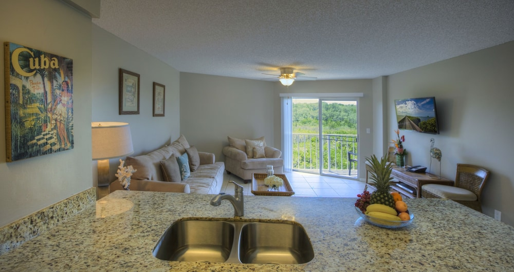 Living Room, Ocean Pointe Suites at Key Largo