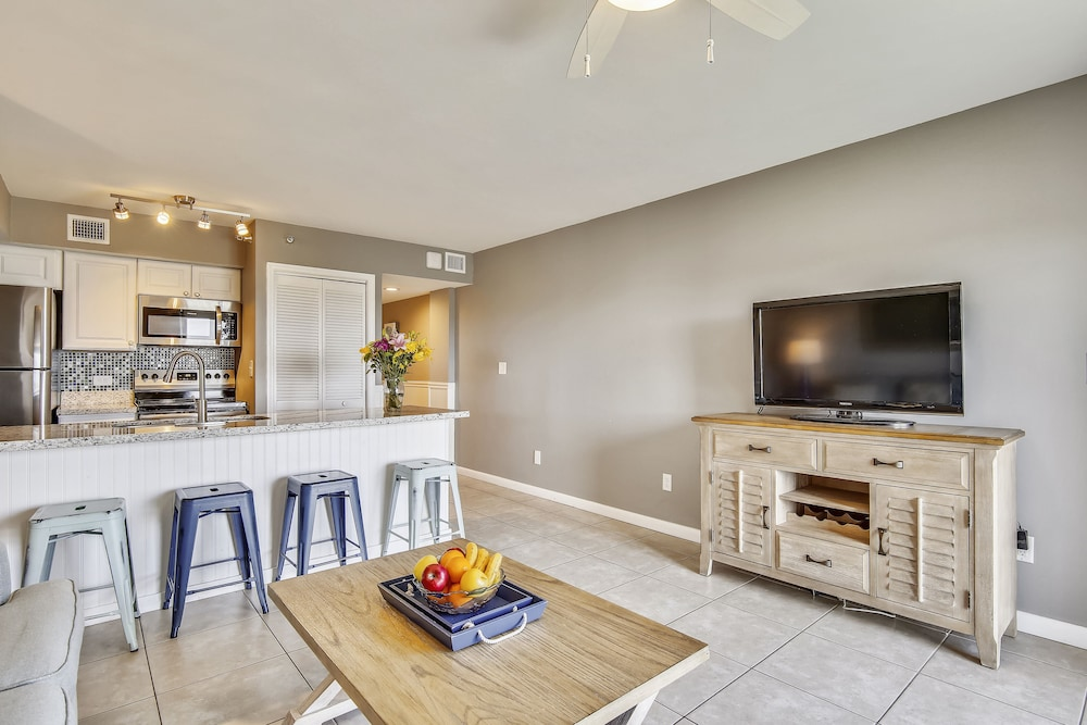 Living Area, Ocean Pointe Suites at Key Largo