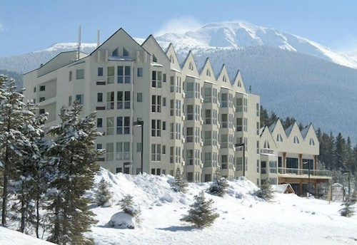 Front of Property, Winter Park Mountain Lodge