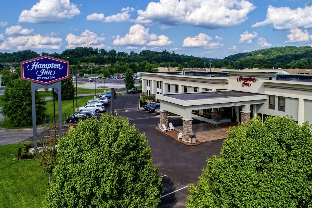 Featured Image, Hampton Inn Ashland