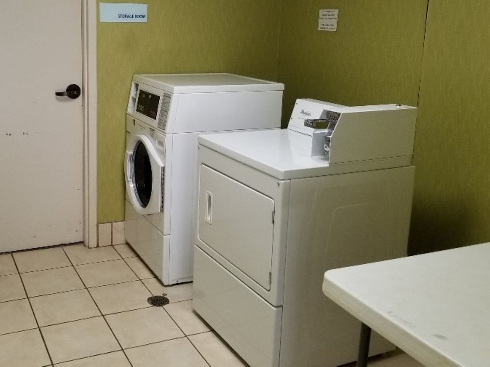 Laundry, Holiday Inn Express Anderson, an IHG Hotel