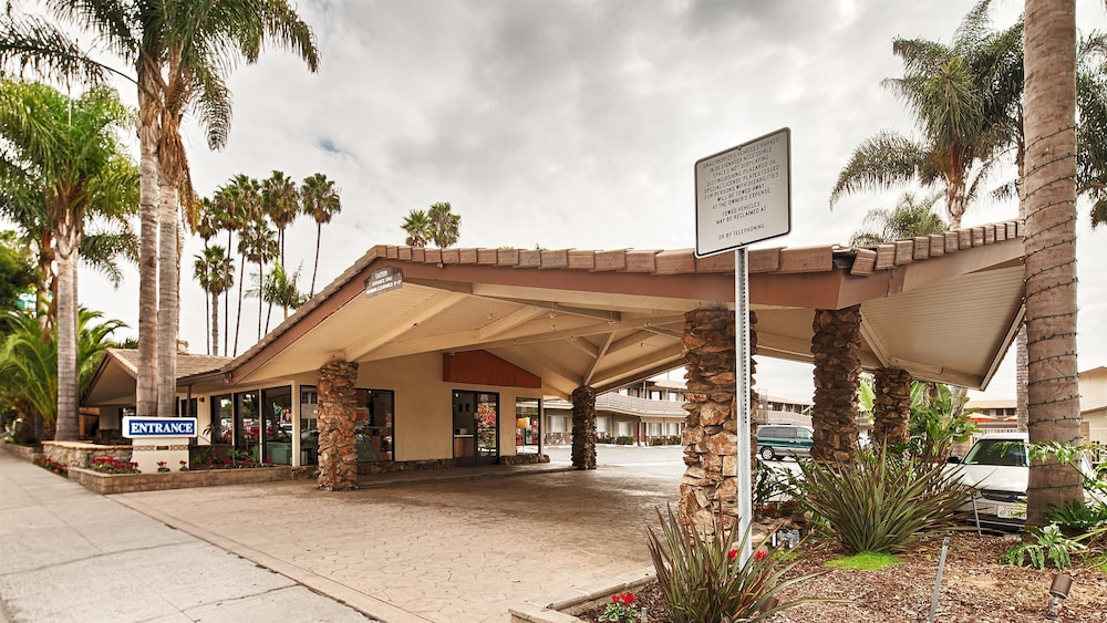 Front of Property, Best Western Plus Inn of Ventura