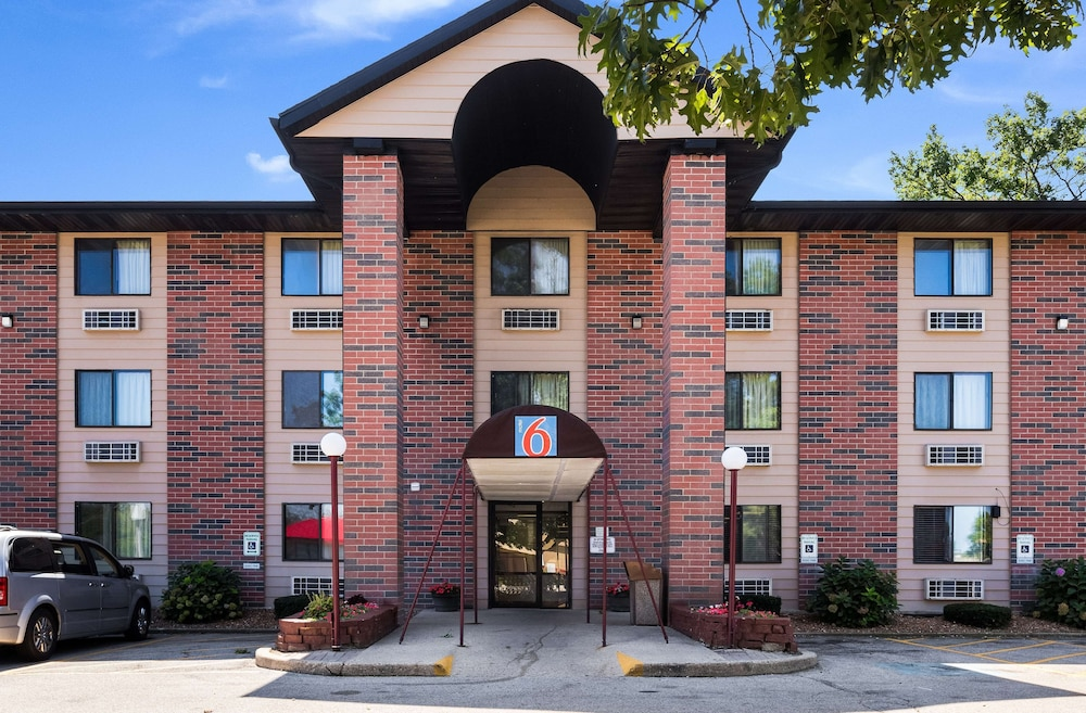 Featured Image, Motel 6 Prospect Heights, IL