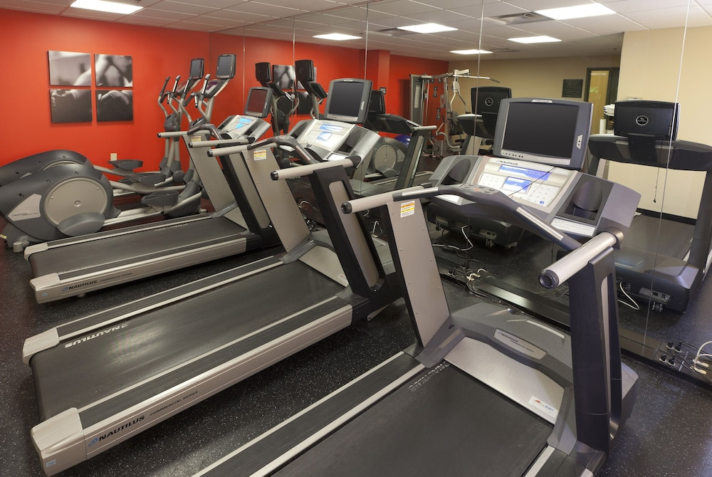 Fitness Facility, Country Inn & Suites by Radisson, Bloomington at Mall of America, MN