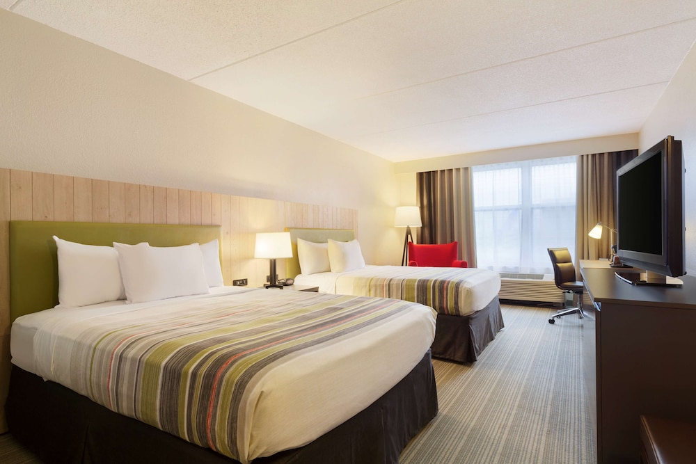 Room, Country Inn & Suites by Radisson, Bloomington at Mall of America, MN