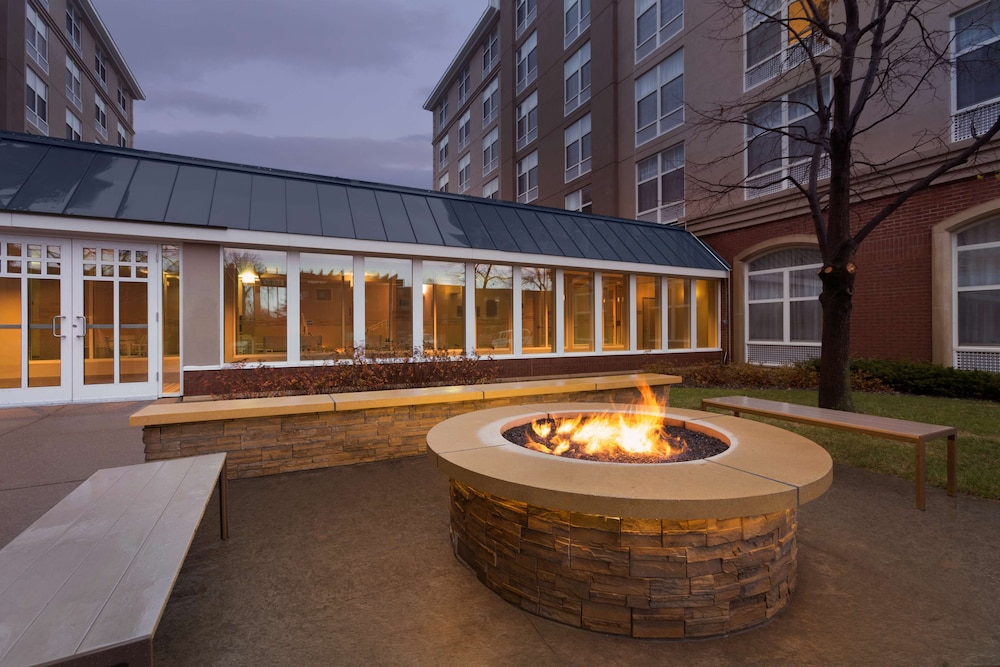 Property Amenity, Country Inn & Suites by Radisson, Bloomington at Mall of America, MN