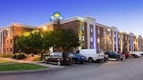 Days Inn & Suites Plattsburgh - Plattsburgh Hotels