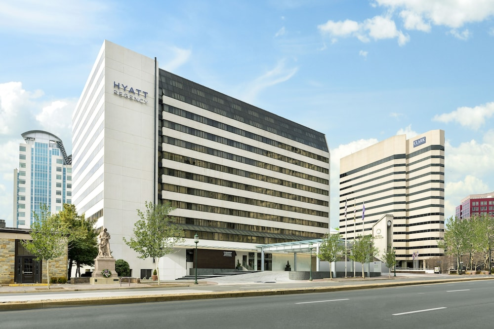 Front of Property, Hyatt Regency Bethesda
