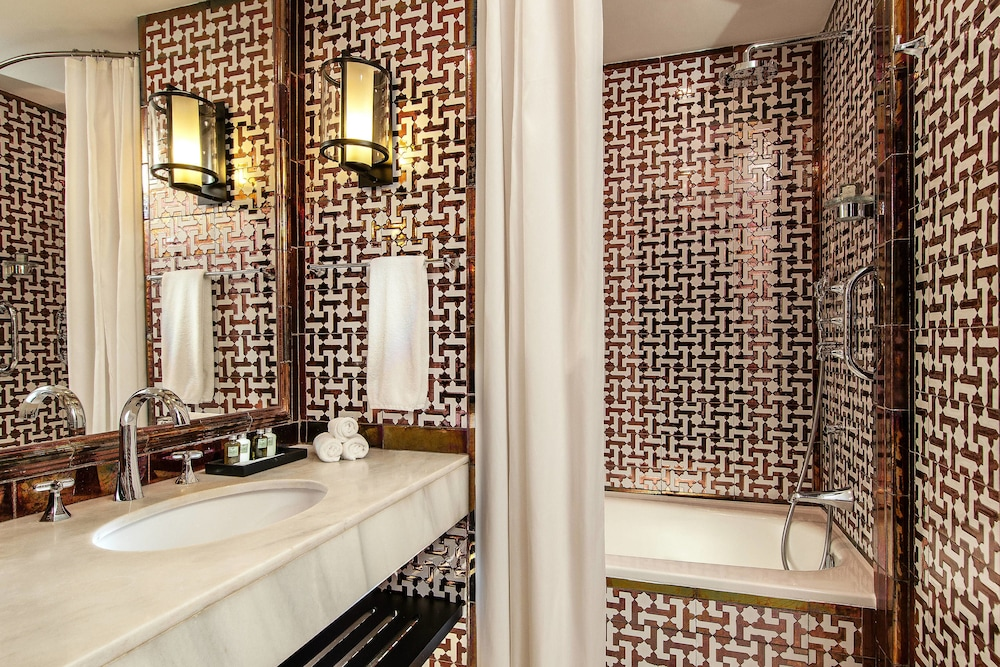 Bathroom, Hotel Alfonso XIII, a Luxury Collection Hotel, Seville