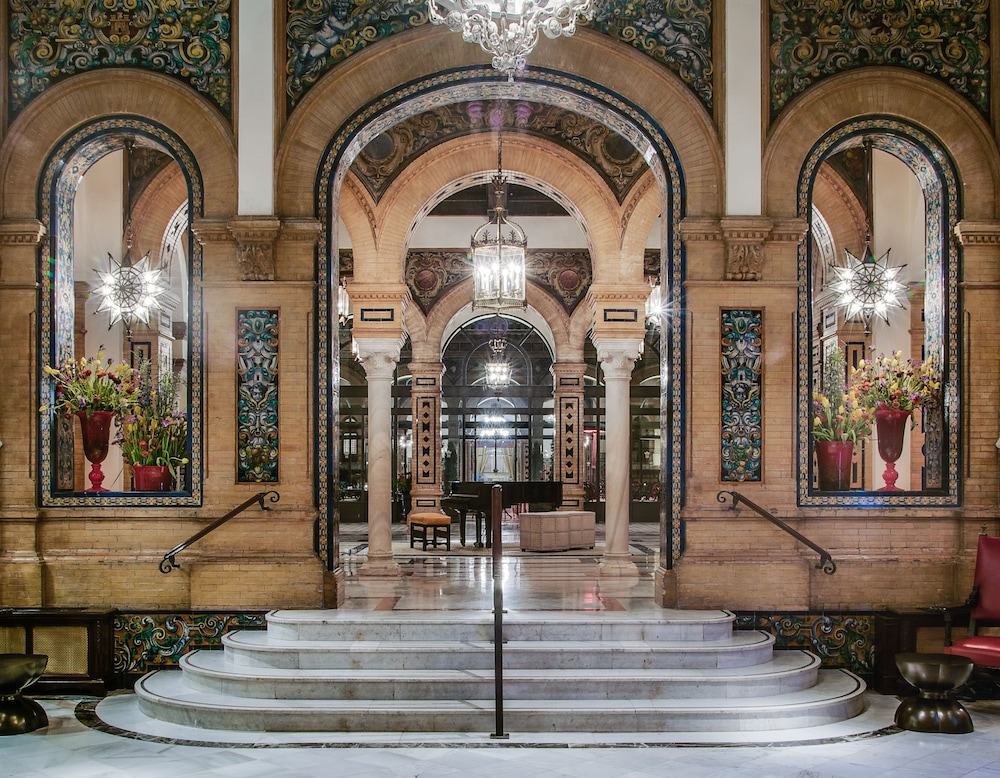 Interior Entrance, Hotel Alfonso XIII, a Luxury Collection Hotel, Seville