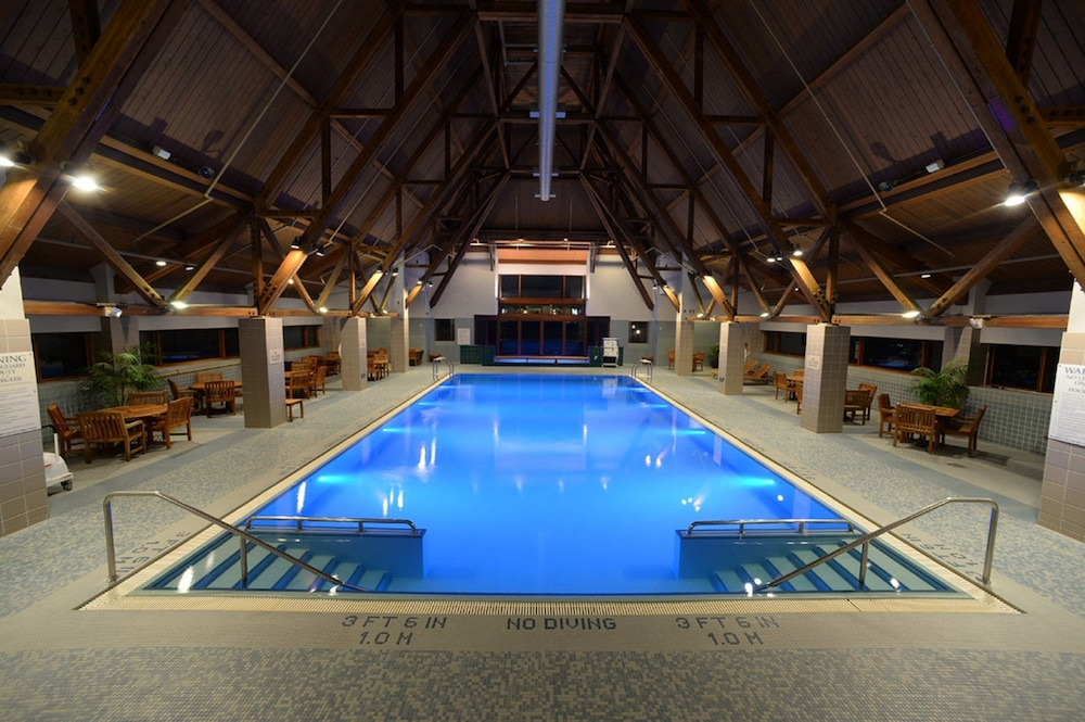 Indoor Pool, Alyeska Resort