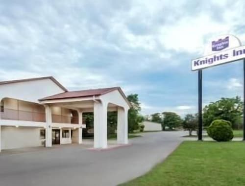 Great Place to stay Knights Inn Denton near Denton