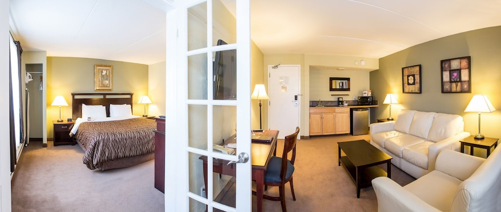 Chateau Regina Hotel And Suites