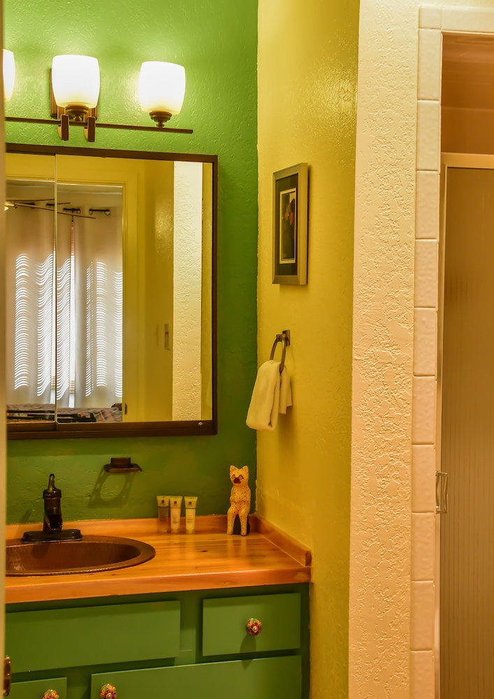 Bathroom Sink, Fort Marcy Hotel Suites by All Seasons Resort Lodging
