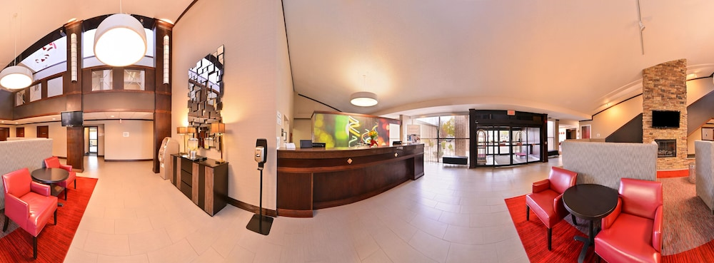 Lobby, Radisson Hotel Madison