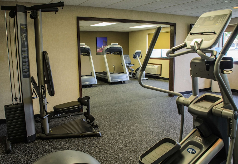 Fitness Facility, Radisson Hotel Madison