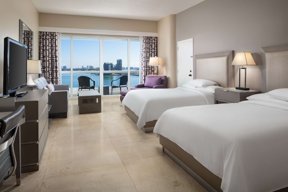 Room Amenity, DoubleTree by Hilton Grand Hotel Biscayne Bay