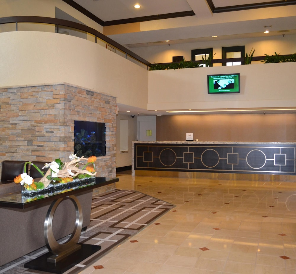 Reception, Doubletree by Hilton Houston Hobby Airport