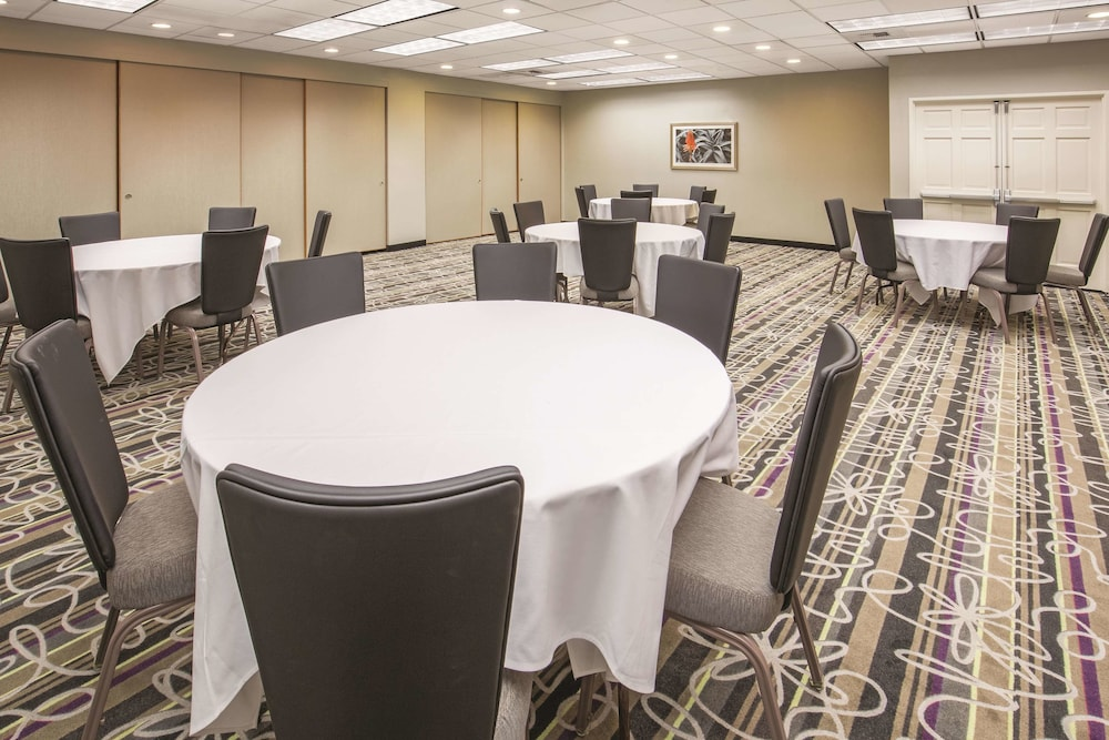 Meeting Facility, La Quinta Inn by Wyndham Sacramento Downtown