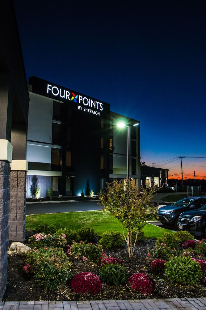 Reception, Four Points by Sheraton Allentown Lehigh Valley