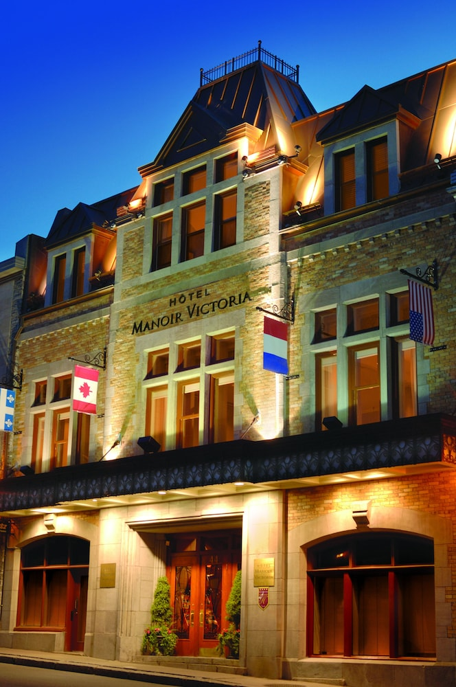 Front of Property - Evening/Night, Hotel Manoir Victoria